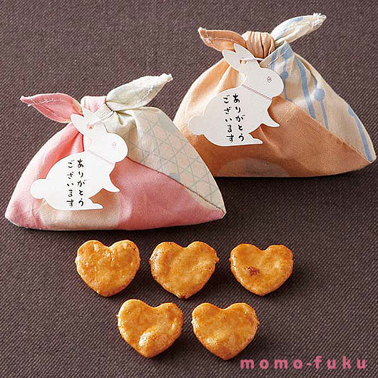 HEART-SHAPED RICE CRACKERS - azuma style package